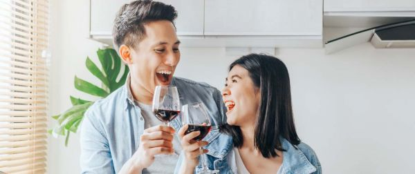 Drinking alcohol - benefits and risks