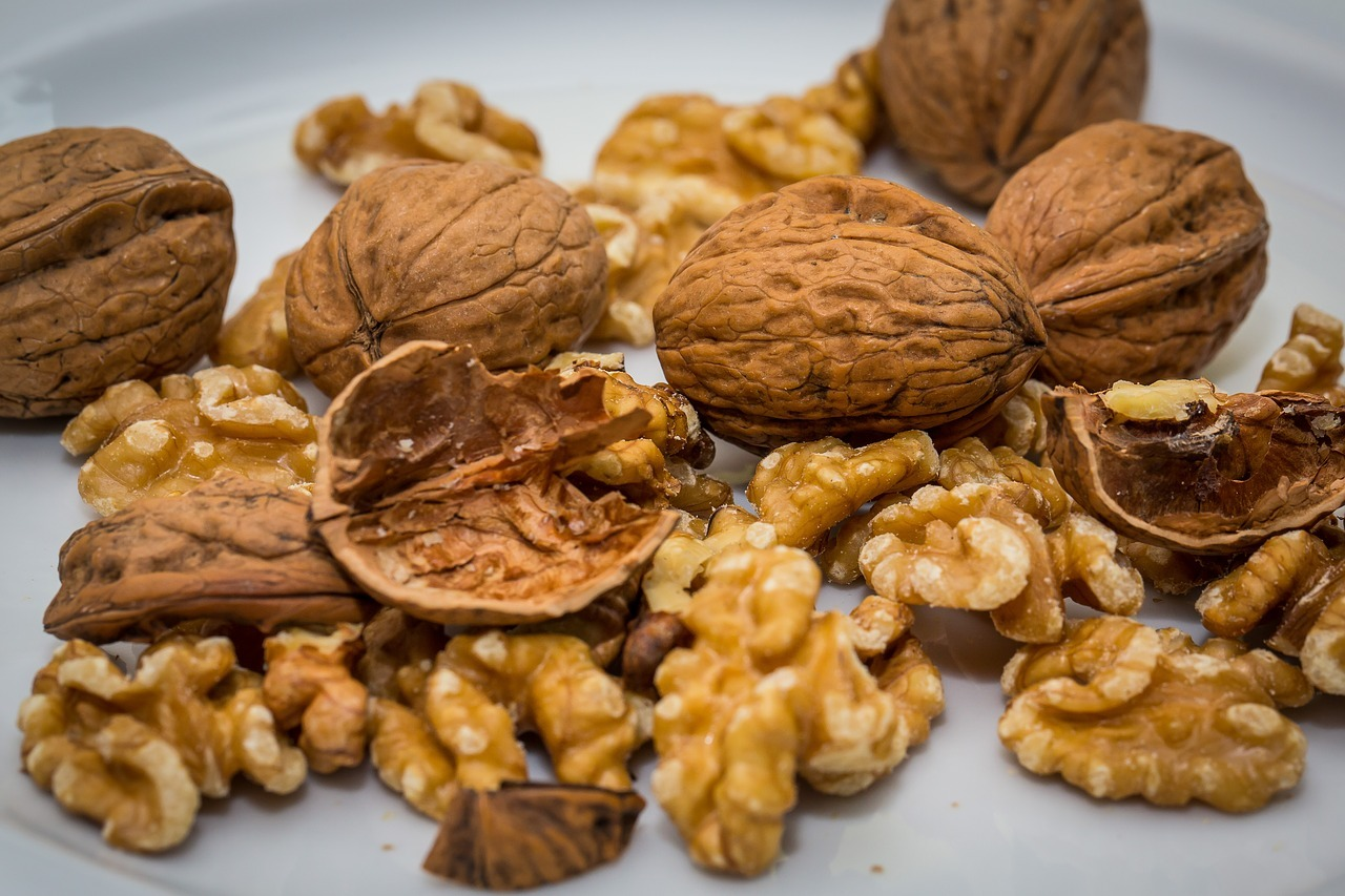 Walnuts contain fatty acids that have anti-inflammatory properties that is great for your heart's health.
