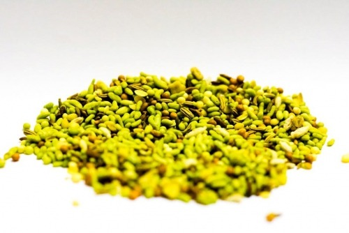 Fenugreek seeds have healthy vitamins that are beneficial for mothers