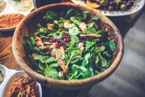 Spinach and beet leaves have many health benefits
