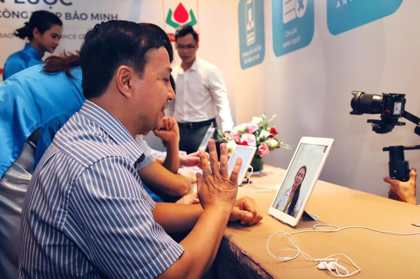 With this partnership, Bao Minh's insured customers can video-consult a Vietnamese doctor through the Doctor Anywhere app.