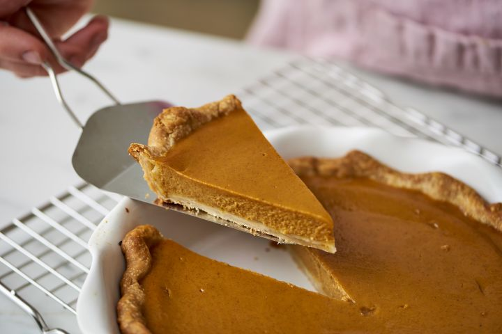 Pumpkin pies may be a healthier alternative to other desserts.